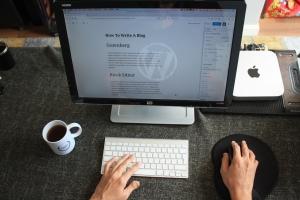 デザイナーなら、個人サイトはWordPressで自作しよう!