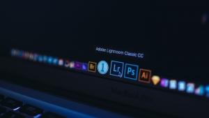 【月々払い / 一括払い 両方OK】Adobe CC を2ヶ月間無料で使用する方法